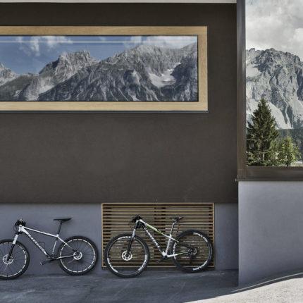 E-Mountainbikes beim ARX Hotel zum Ausborgen